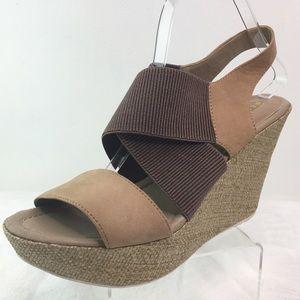 Kenneth Cole Reaction Wedge Platform Sandals 10